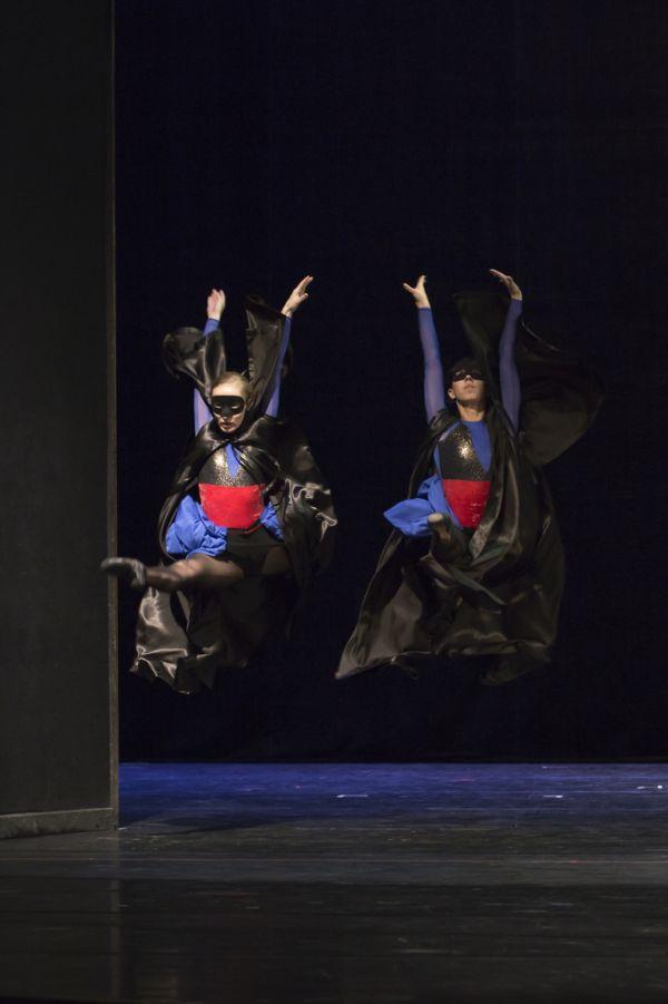 ballett-20121203-03-1FDC31759-84AF-36AC-092E-A950B7F18DFE.jpg